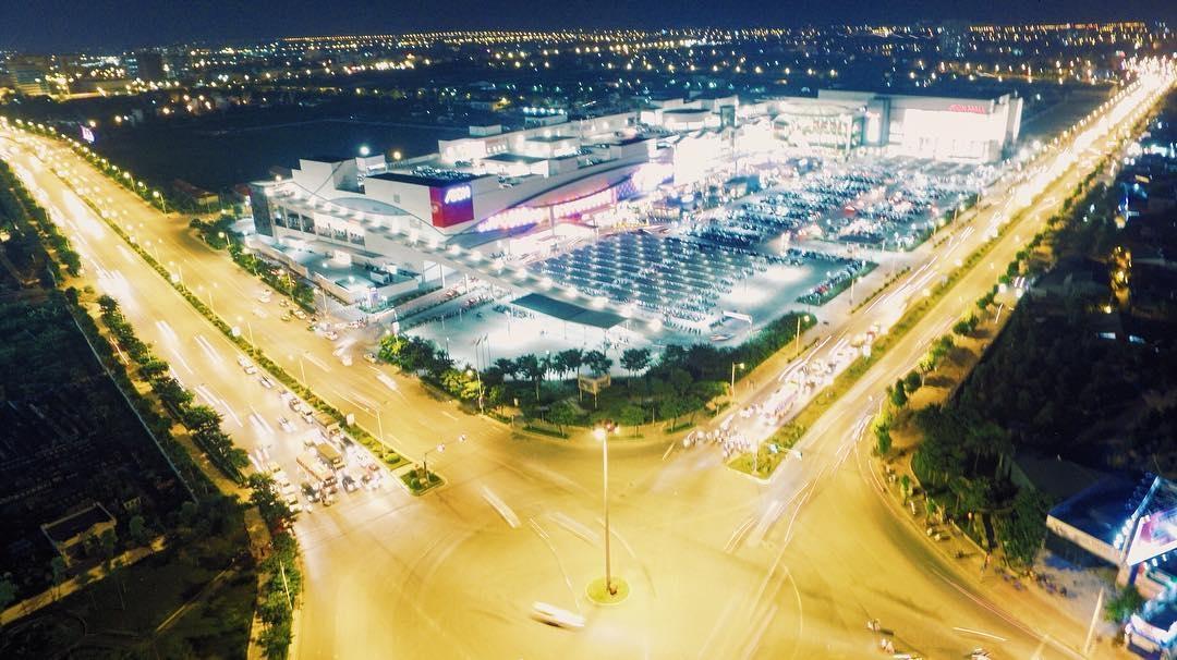 Biệt thự An Vượng Villa tọa lạc cạnh Trung tâm thương mại AEON Mall Hà Đông và mặt đường Ngô Thì Nhậm kéo dài